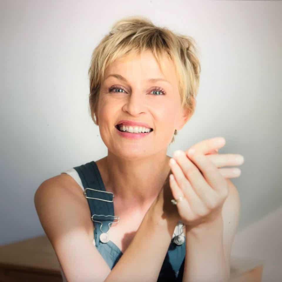 Sanna1 Sabine Finger